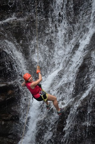 2014_0102_CostaRica_Canyoning_42_blog